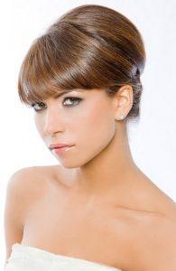 вечерние прически на средние волосы фото с челкой