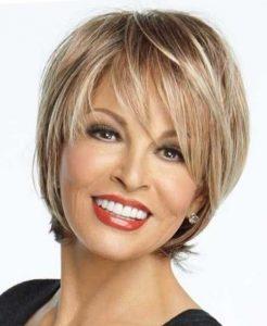 прически на короткие волосы для женщин 50 лет (фото)