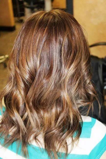 Длинные коричневые волосы с мелированием фото интерьер